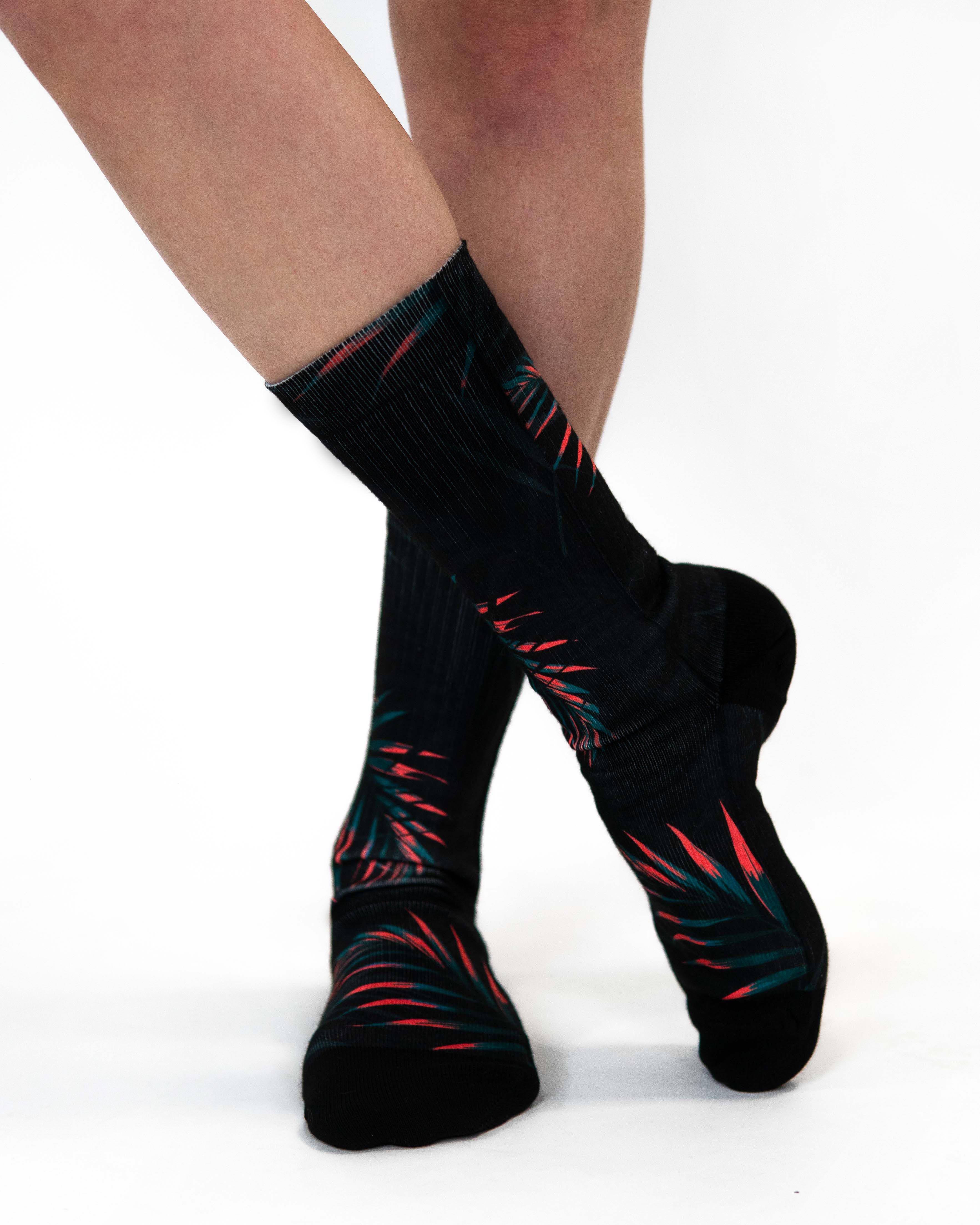 Levně Ponožky Tropical Black